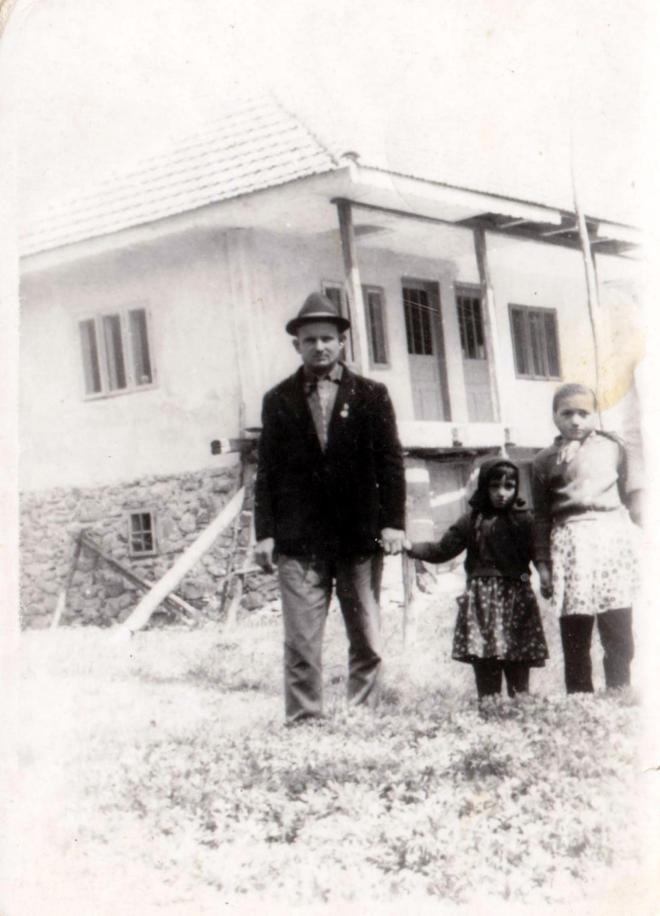 Tata Nelu & Eleonora & mama