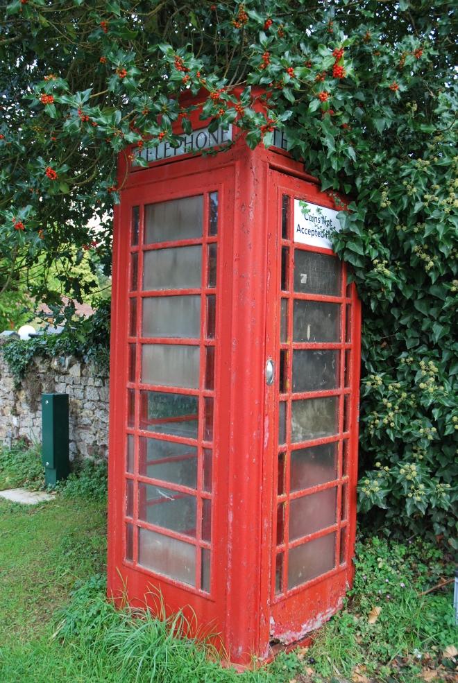 Old telephone cabine © 2010 Elvis Dobrescu